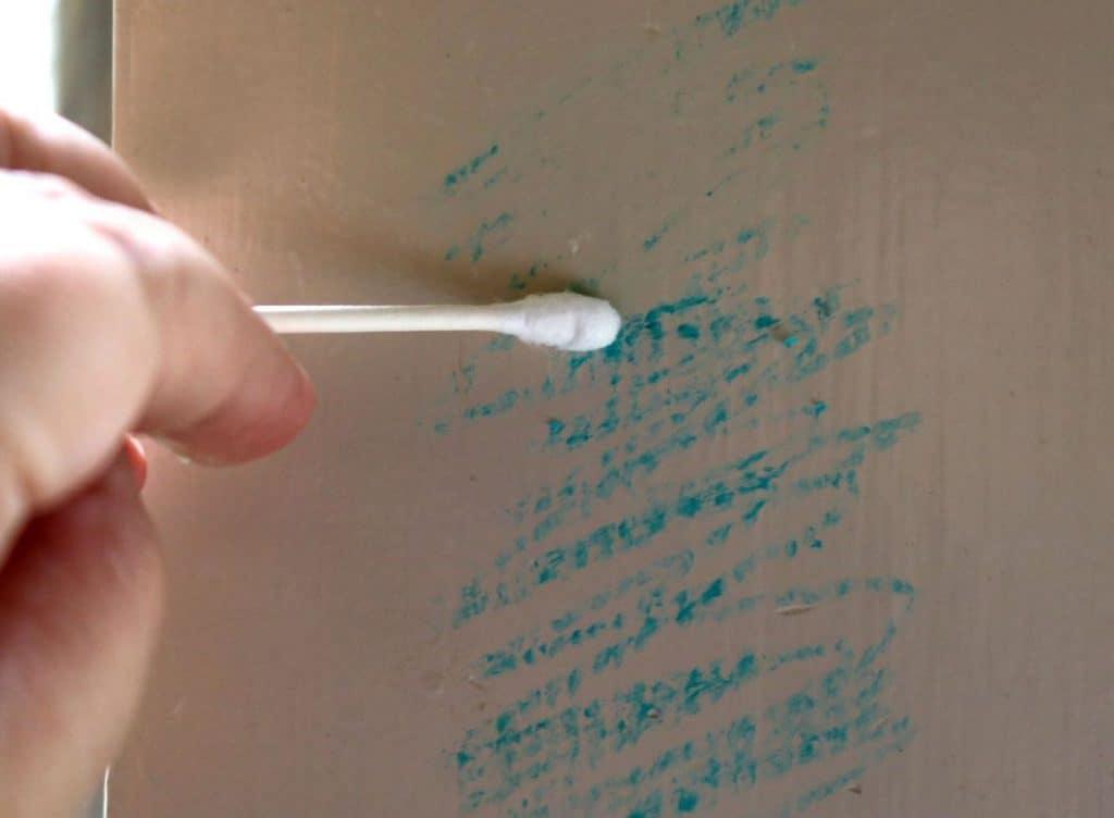 remove crayon