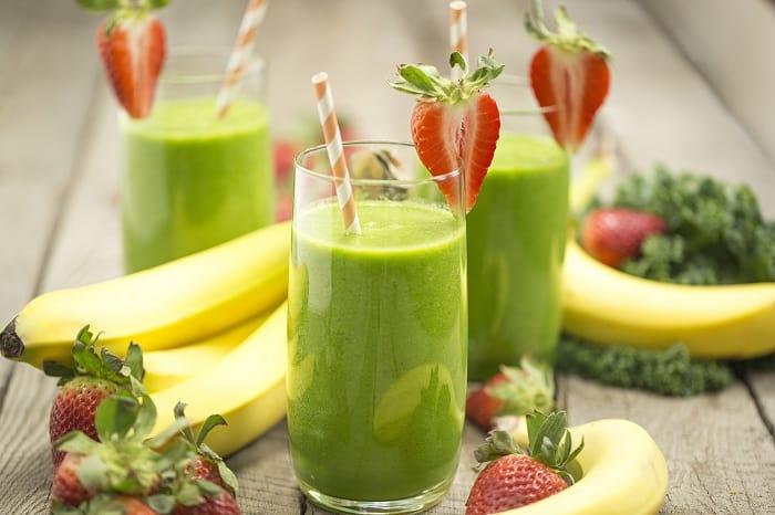 shake veggies, banana and berries